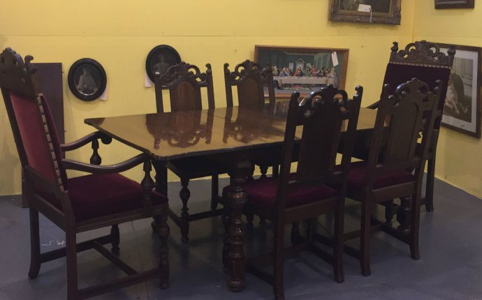 Antique Berkey & Gay Walnut Dining Room Set Table Chairs Buffet