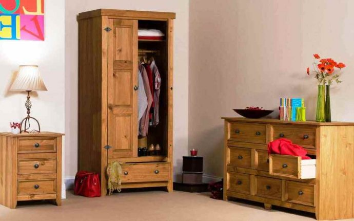 Antique pine bedroom furniture - Bedroom Design Ideas