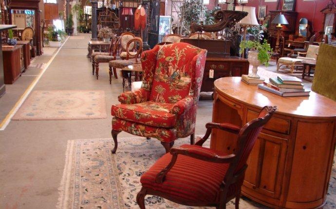 Consignment Furniture, Oregon - Monticello Antique Market