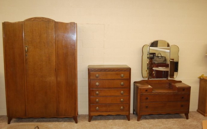 How Much Is This Harris Lebus Furniture Worth? I Have A Va | My