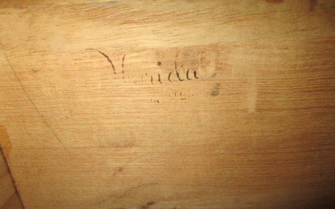 Manufacturer Name Of Mid-century Dresser | My Antique Furniture