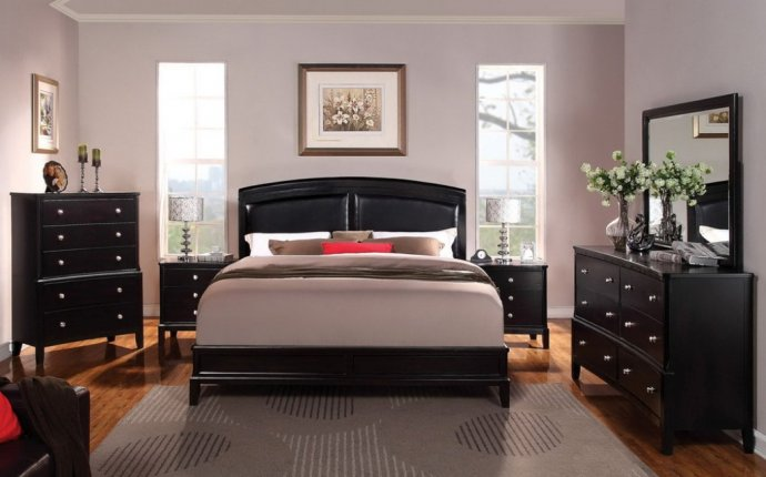 Modern Bedroom With Soft Wall Color And Black Furniture Ideas