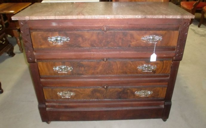 Your Guide to Buying Antique Dressers and Vanities | eBay