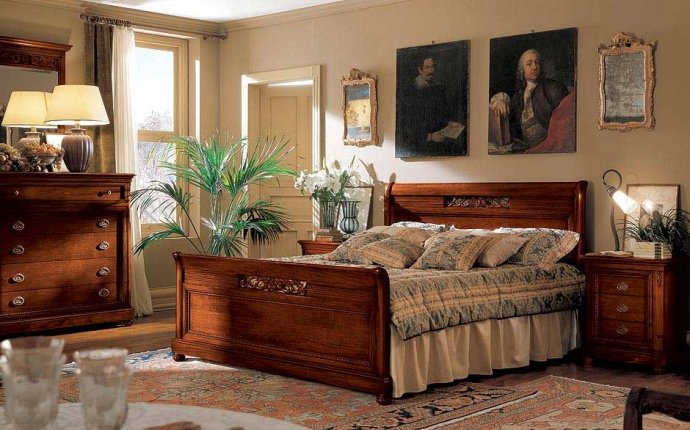 Antique Cherry Bedroom Furniture
