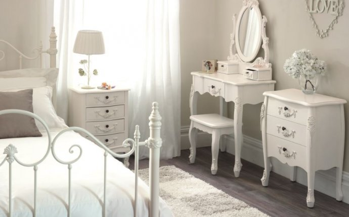 Vintage White Furniture Antique Furniture - Update old bedroom furniture