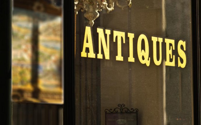 Vintage and Antique Furniture
